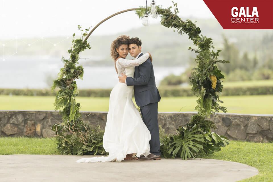 backdrop cưới hình khối