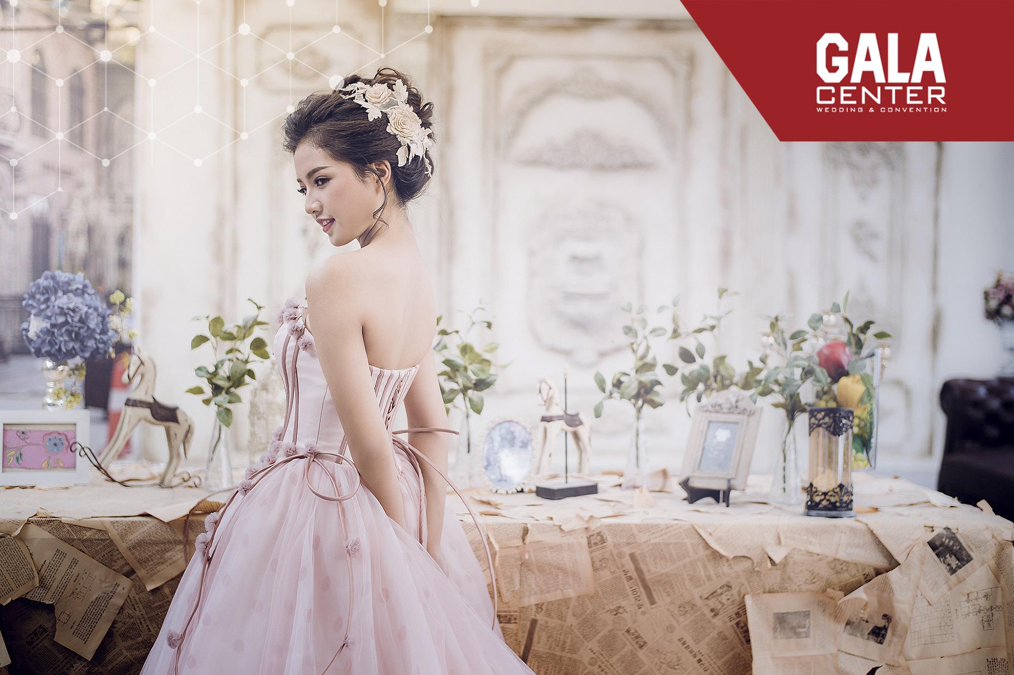 váy cưới năm 2019