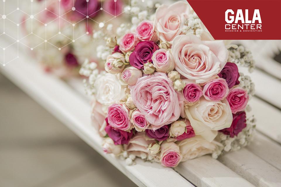hoa cưới cô dâu hoa hồng