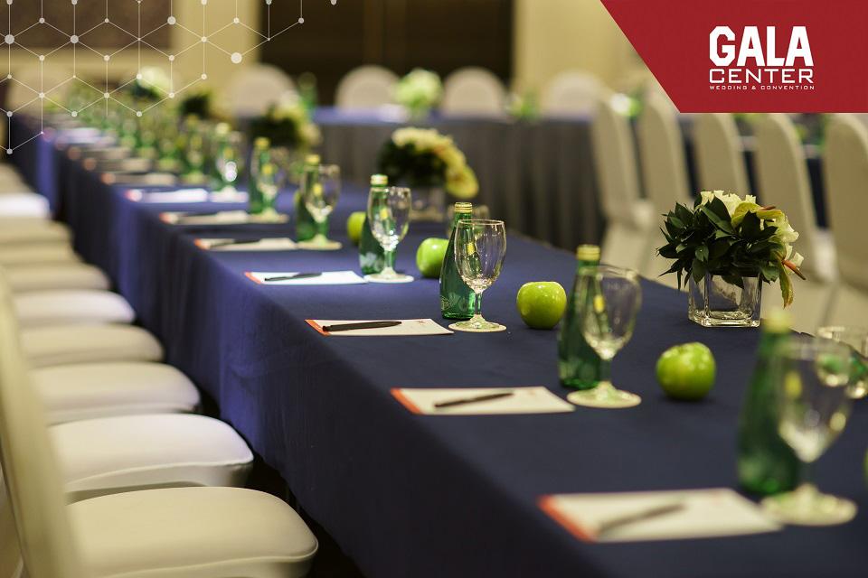 Đội ngũ nhân viên của Gala được đào tạo chuyên nghiệp, sẵn sàng lắng nghe, tư vấn chi tiết để giúp hiện thực hóa các ý tưởng của bạn